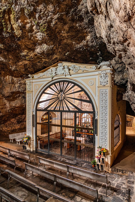 Cave Chape Santuario de la Cueva Santa
