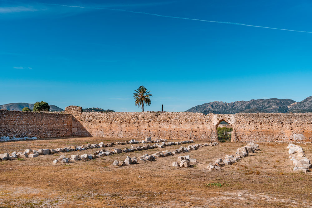 Monastery of Santa Maria de la Valldigna - Stone Wall