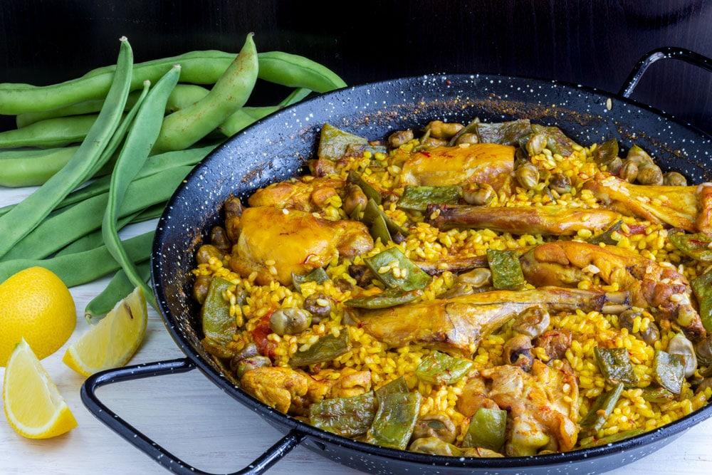 Most popular Spanish food paella