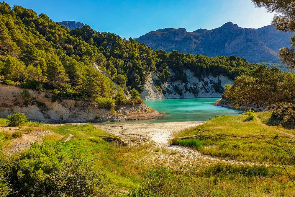 Benardia river