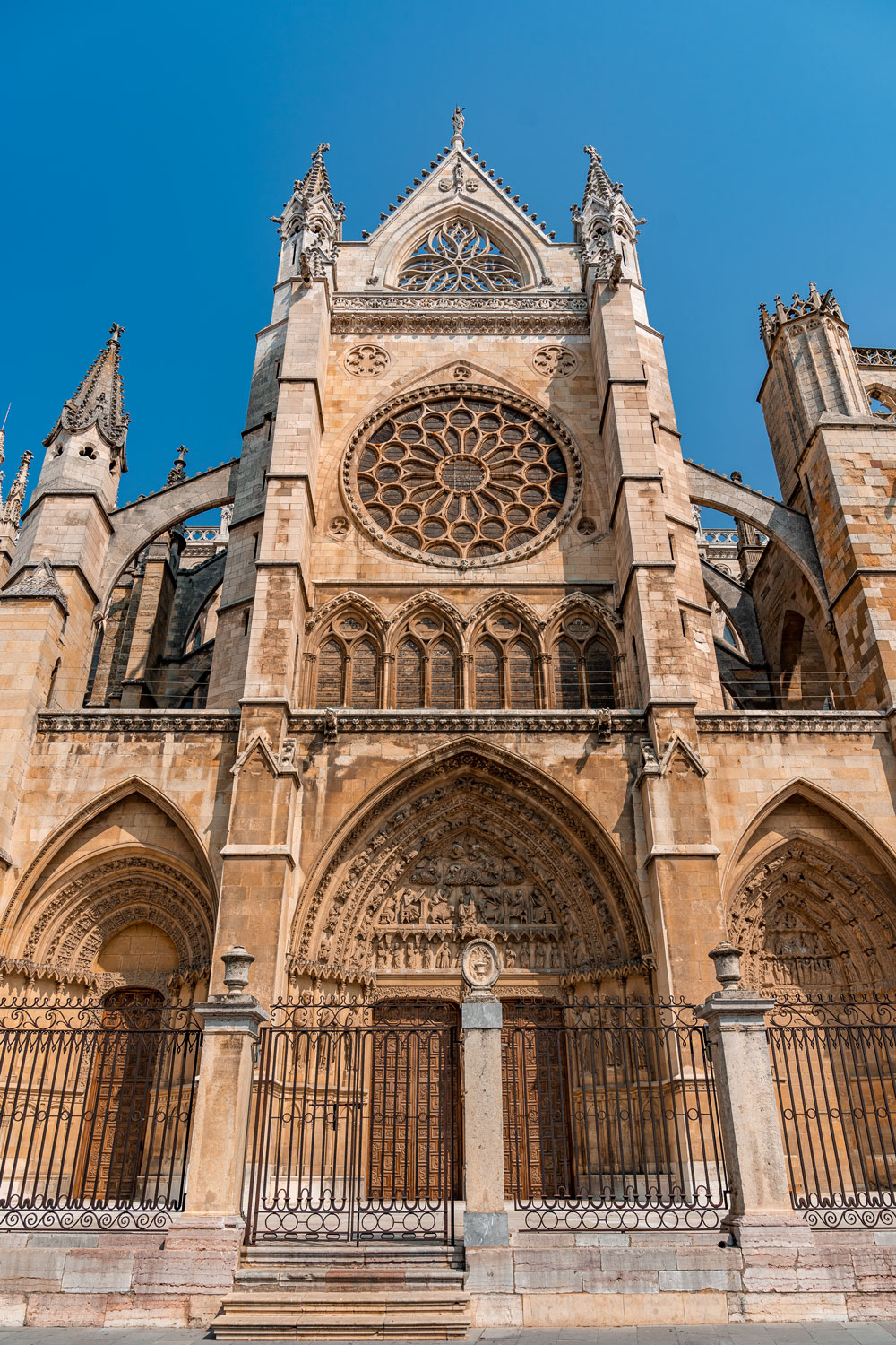 Gothic style Leon Cathedral exterior