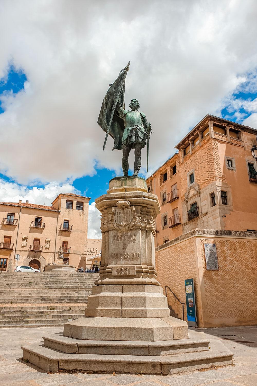 Monument of Juan Bravo