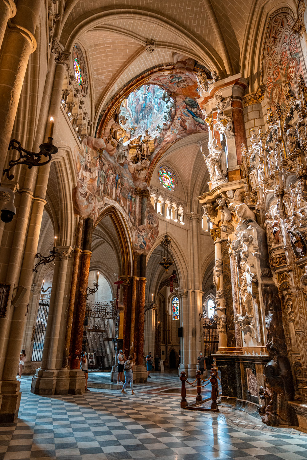 Powerful view of the Toledo Cathedral interior
