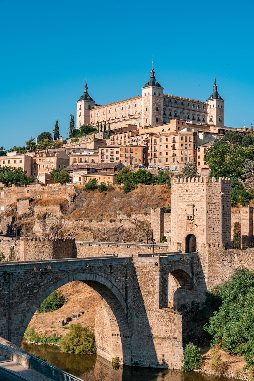 Toledo travel guide - Alcantara bridge with city views