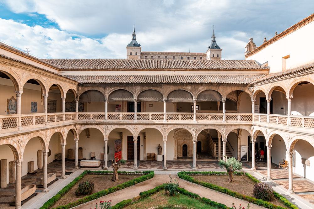 Museum of Santa Cruz medieval courtyard