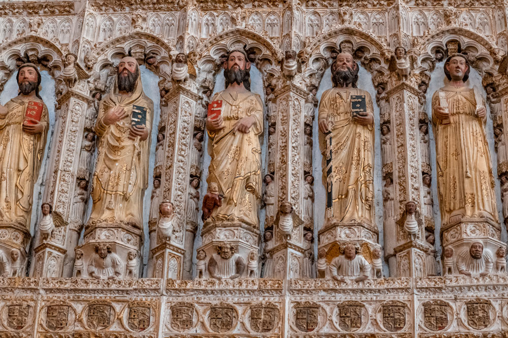 Wall statues at the Cathedral